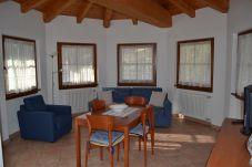 Appartamento a Giustino - 086 - Trilocale piano rialzato, Giustino