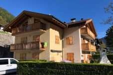 Appartamento a Caderzone Terme - 044 Trilocale, Caderzone Terme