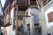 Casa rurale a Bleggio Superiore - 013 Soffitta da ristrutturare, Cavrasto